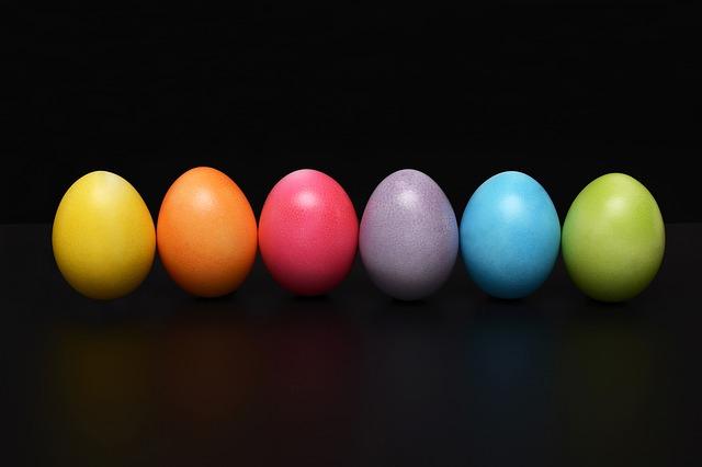 easter-eggs-2168521_640